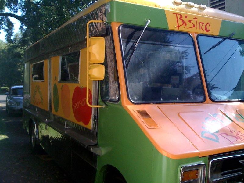 bistro_bus