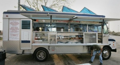 nola white food truck