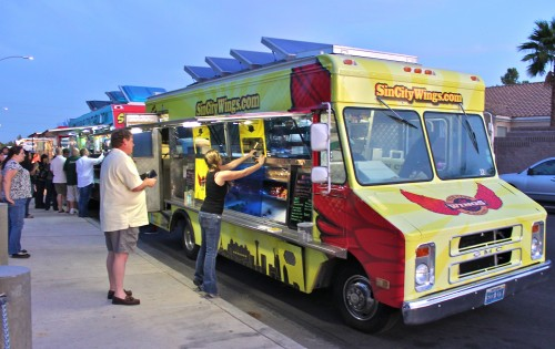 las vegas food trucks parking