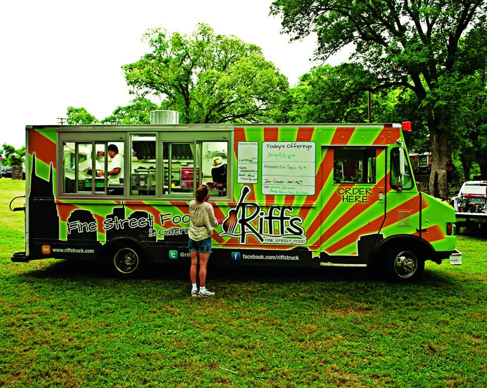 Mobile Food Trucks Nashville Tn