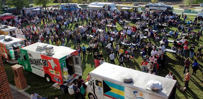 How Social Media Can Increase Your Food Truck Event Traffic