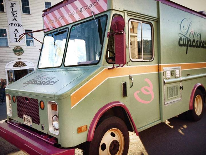 portland 39 s first food truck for sale. Black Bedroom Furniture Sets. Home Design Ideas