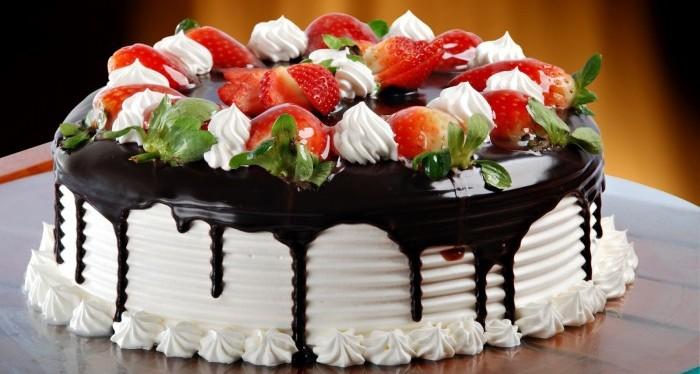 Basket Cake Design