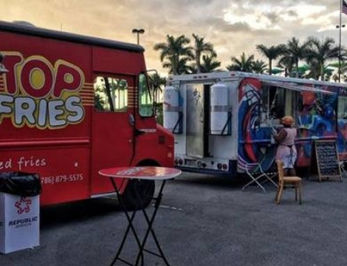 Jet Blue Uses 20 Food Trucks To Help Feed Florida Residents After Irma