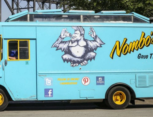 Two Food Trucks Partner With Iowa Bar To Feed Late Night Patrons