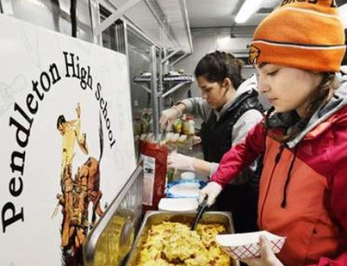 Oregon High School Opens Food Truck At Warming Station